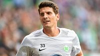 Zraněný útočník Wolfsburgu Mario Gómez v sobotu proti českým fotbalistům nenastoupí.