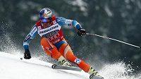 Norský lyžař Svindal se šestým místem ze sjezdu v Kvitfjellu posunul do čela SP.