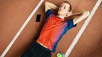 Více spánku znamená méně zranění, ukázala nová studie.