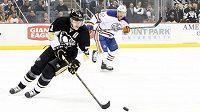 Hokejista Pittsburghu Jevgenij Malkin (vpředu).
