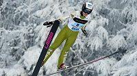 Česká skokanka na lyžích Michaela Doleželová na archivním snímku ze závodu v Liberci.