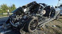 Zbytky Vukčevičova auta ilustrují vážnost srážky