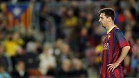 Zachmuřený útočník Barcelony Lionel Messi.