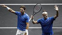 Švýcar Roger Federer (vpravo) a Španěl Rafael Nadal.