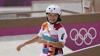 První olympijskou vítězkou ve skateboardingu se stala třináctiletá Japonka Momidži Nišijová.
