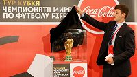 Turné s trofejí pro vítěze MS zavítalo do Krasnojarsku.