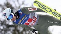 Polský skokan na lyžích Kamil Stoch zvítězil ve třetím dílu závodu Turné čtyř můstků v Innsbrucku.
