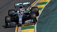 Lewis Hamilton během kvalifikace v Melbourne.