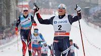 Nor Erik Brandsdal při triumfu v Drammenu.