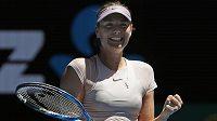 Ruska Maria Šarapovová má důvod k úsměvu. Na Australian Open se jí daří.