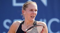 Tenistka Nicole Vaidišová během úvodního kola turnaje v Praze.