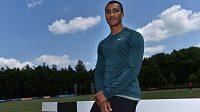 Světový rekordman v desetibiji Ashton Eaton na atletickém stadiónu v Kladně.