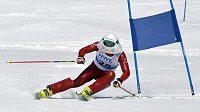 Rychlostní lyžař Radek Čermák se jako host nedávno zúčastnil v Rokytnici nad Jizerou mistrovství České republiky sportovních novinářů v obřím slalomu.