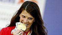 Španělská výškařka Ruth Beitiaová se zlatou medailí z mistrovství Evropy v Amsterdamu.