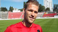 Brněnský Marek Kaščák si musí od fotbalu delší dobu nuceně odpočinout.