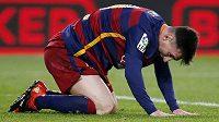 Lionel Messi v ligovém utkání s La Coruňou.