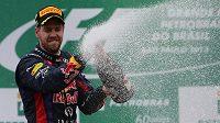 Suverén šampionátu formule 1, německý pilot Sebastian Vettel.
