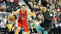 Basketbalista Tomáš Satoranský proti Charlotte předvedl svůj druhý nejlepší výkon v NBA.