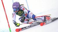 Alpine Skiing World Cup Women's Giant SlalomAlpine Skiing - Alpine Skiing World Cup Women's Giant Slalom - Soelden, Austria - October 27, 2018 France's Tessa Worley in action REUTERS/Lisi Niesner Francouzská lyžařka Tessa Worleyová na obřím slalomu v Söldenu.