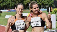 Vítězná Kateřina Cachová s Eliškou Klučinovou.