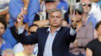 José Mourinho nelituje, že nemůže do zápasu proti Manchesteru City postavit Petra Čecha.