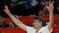 Kouč chorvatských basketbalistů Velimir Perasovič při osmifinále s Českem.
