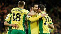 Fotbalisté Norwiche se radují v Blackburnu.