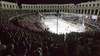 Hokejové utkání v Pule sledovalo 7022 diváků.