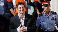 Španělský Nejvyšší soud dnes potvrdil trest 21 měsíců vězení pro fotbalistu Lionela Messiho za daňové úniky v letech 2007 až 2009. Hvězda Barcelony však za mříže nemusí.