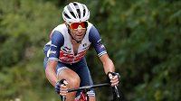 Elitní italský cyklista Vincenzo Nibali opouští stáj Trek-Segafredo a bude oblékat dres kazašské Astany.