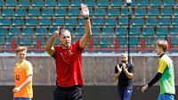 Argentinský rozhodčí Nestor Pitana při tréninku v Moskvě.