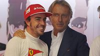 Prezident Ferrari Luca di Montezemolo (vpravo) s jezdcem Scuderie Fernandem Alonsem.