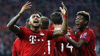 Arturo Vidal měl lví podíl na druhé trefě Bayernu.