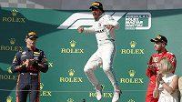Brit Lewis Hamilton a jeho radost po triumfu během Velké ceny Maďarska F1.