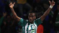 Mouhssine Iajour z týmu Raja Casablanca slaví svůj gól proti Atlétiku Mineiro.