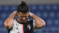 Cristiano Ronaldo z Juventusu ve finále poháru s Neapolí.