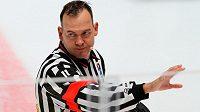 Český hokejový rozhodčí Martin Fraňo píská Kontinetální ligu už tři roky.
