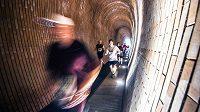City Cross Run Prague je nevšedními běžeckými zážitky doslova prošpikován.