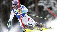 Šárka Strachová na trati prvního kola slalomu v Santa Caterině.