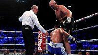 Bývalý mistr světa v těžké váze Brit Tyson Fury se po dvou a půl letech vrátil do boxerského ringu vítězstvím, vyhrál nad Albáncem Seferem Seferim.