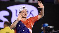 Lleyton Hewitt se takhle na Australian Open loučil s kariérou. Teď by mohl zasáhnout do Davis Cupu.