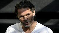 Jaromír Jágr se místo na ledě představil na fotbalovém pažitu