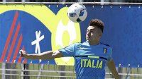 Italský útočník Stephan El Shaarawy na tréninku.