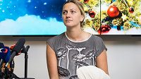 Tenistka Petra Kvitová během tiskové konference 23. prosince 2016 v Praze po operaci zraněné ruky.