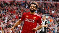 Liverpoolský Mohamed Salah právě pojistil výhru proti Newcastlu.
