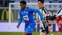 Kanadský fotbalista Jonathan David přestupuje do Lille