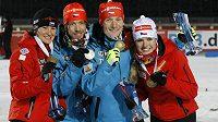 Radost české smíšené štafety v biatlonu - zleva Veronika Vítková, Jaroslav Soukup, Ondřej Moravec a Gabriela Soukalová.