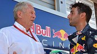 Helmut Marko (vlevo)a Daniel Ricciardo.