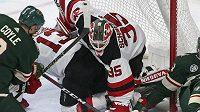 Americký útočník Charlie Coyle se stěhuje v NHL z Minnesoty do Bostonu