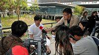Čínský pilot Ma Čching Chua na tiskové konferenci v Šanghaji